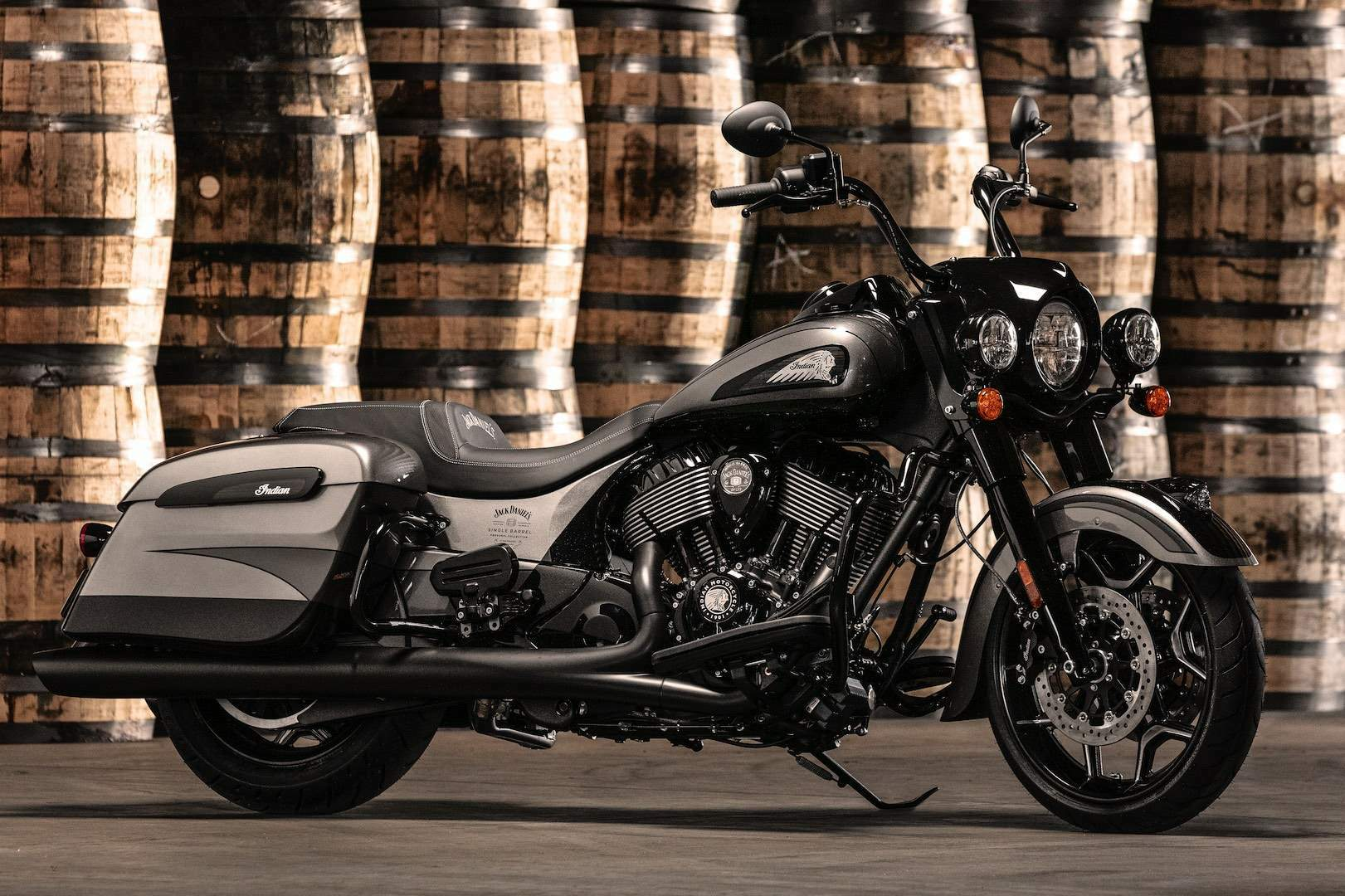 Indian Springfield Dark Horse Jack Daniel Limited Edition technical specifications
